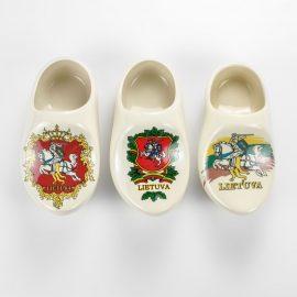 Baltic souvenirs Suvenyrai lietuviški suvenyrai keramikinės klumpės